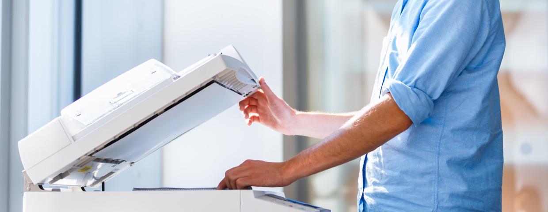 Print, man printing